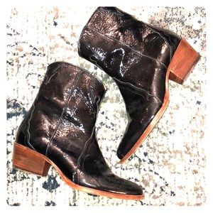 Free People Black Patent Leather Ankle Boot Size 7